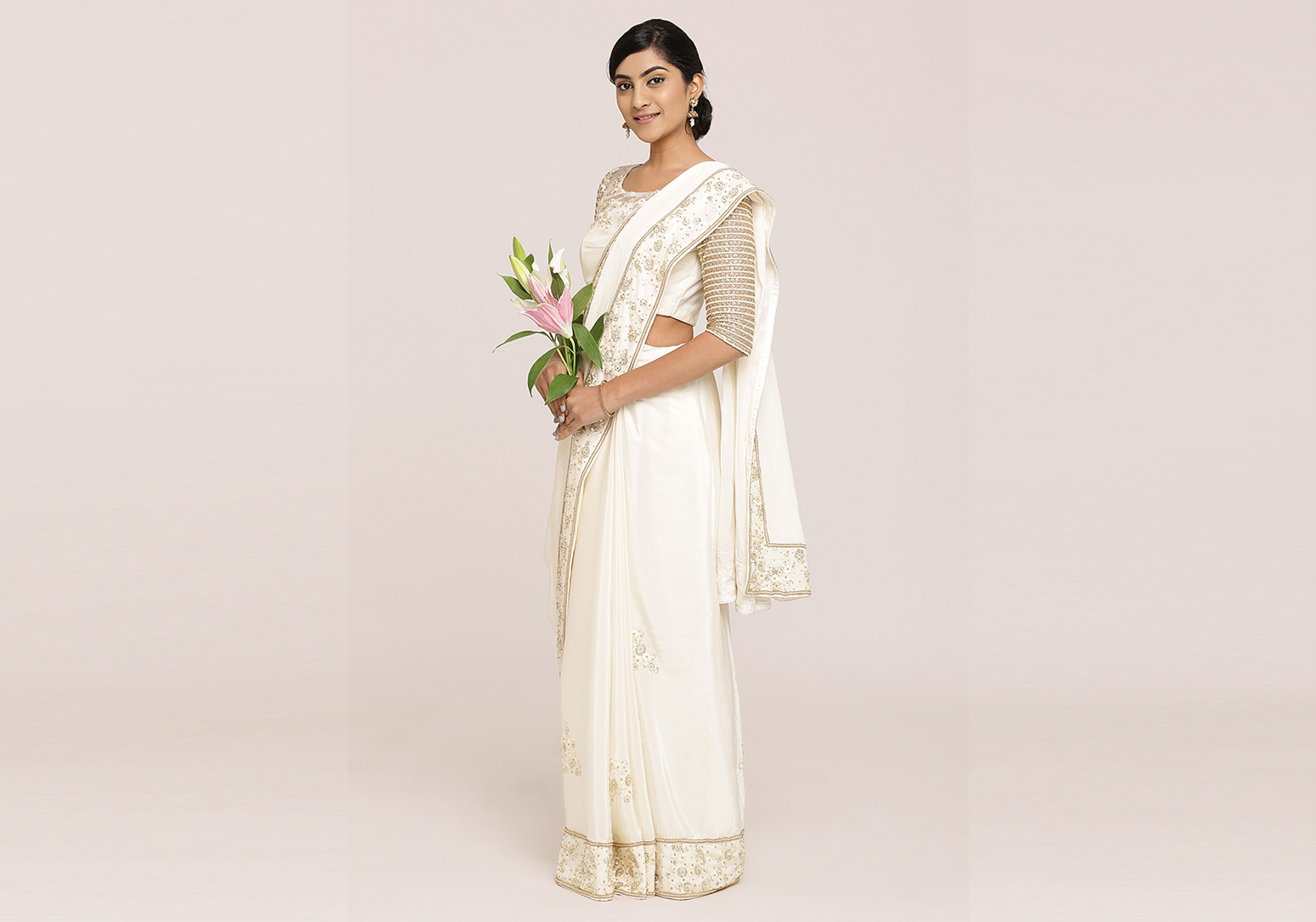 Off-white crepe silk saree
